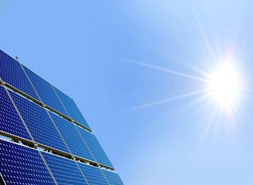 انطلاق أشغال بناء المحطة الأولى لمركب الطاقة الشمسية بورزازات