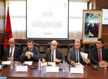 M. Yatim insiste sur l'importance de la dimension territoriale dans l'emploi