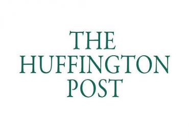هافينغتون بوست : جلالة الملك وضع مقاربة شاملة لمكافحة الإرهاب تشكل جزءا من استراتيجية إصلاحات على جميع الأصعدة