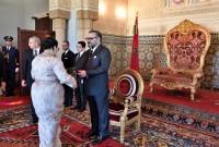 SM  el Rey Mohammed VI nombra, en el Palacio Real de Rabat, a nuevos embajadores y recibe a embajadores extranjeros venidos para despedirse del Soberano