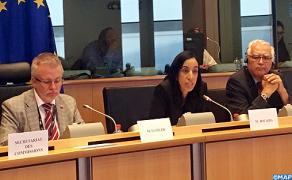 السيدة بوعيدة تبرز ببروكسل سياسة المغرب في مجال الهجرة