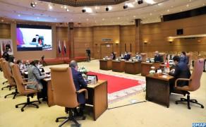 Marruecos y Rusia examinan la cooperación comercial y el potencial de desarrollo bilateral